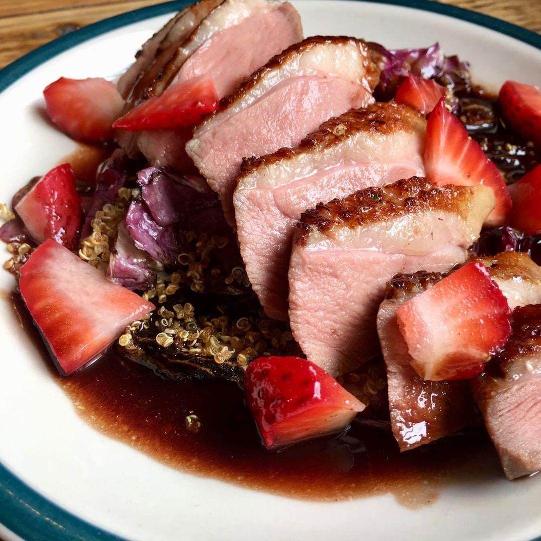 Duck breast, flamed radicchio, toasted quinoa, red wine jus, strawberries. #corkagebath #corkage #batheats