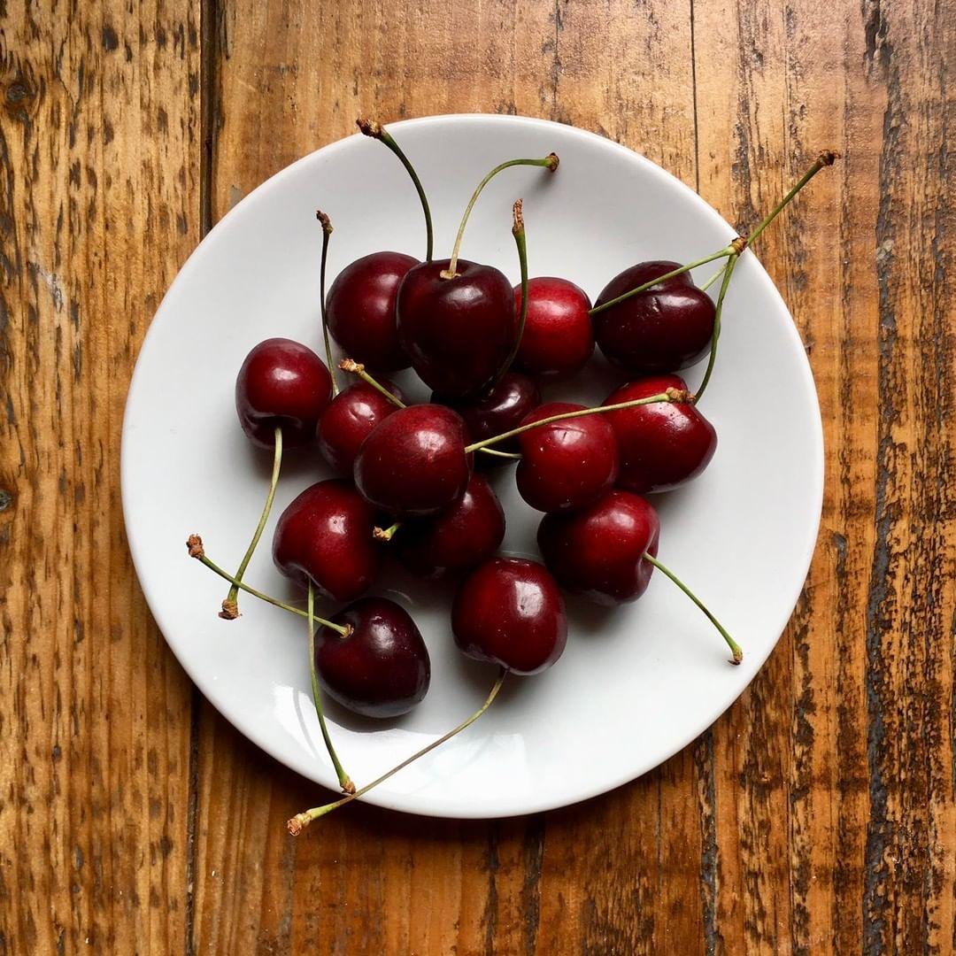 Sometimes it is the simple things that bring the greatest joy. Cherries in season is one such pleasure. #corkagebath #bath #batheats #seasonal