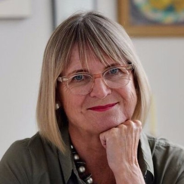Jancis is coming to town and we are teaming up with our friends at Topping & Co. booksellers to sponsor the launch of the latest World Atlas of Wine. Come and meet the legend and enjoy a tutored tasting of wines provided by us! Link in bio #corkagebath #toppingsbath #jancisrobinson