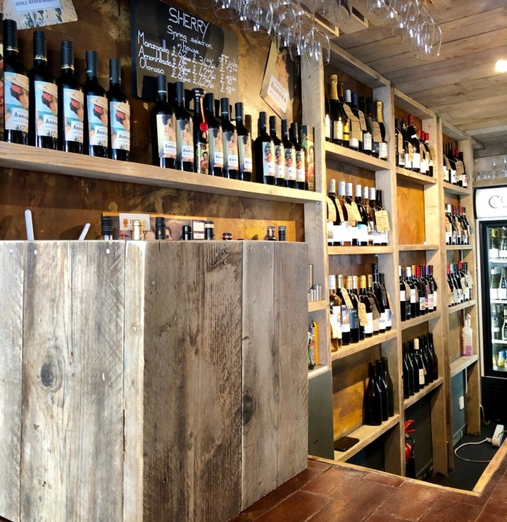 The bar at Walcot Street with our homemade box inside which we have our new key keg house wines. Viognier from the sun drenched South of France and Sangiovese from the deep South of Italy. £4.25 a glass!