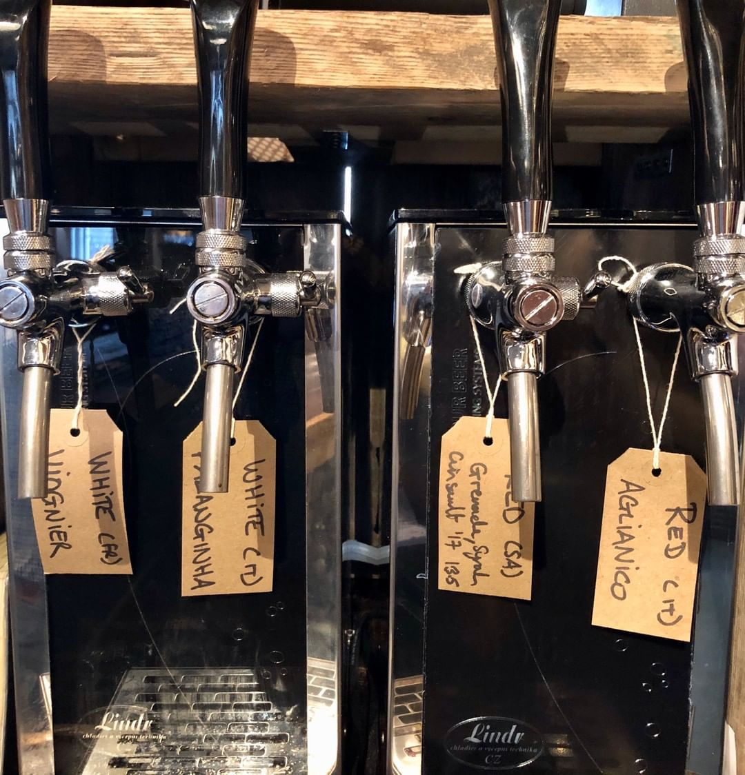 Yes indeed. It's back again. It's free wine Friday. Pop into Walcot Street at 4.30 pm and the first 6 people will get a free glass of wine from our key kegs. #tapfrankietap