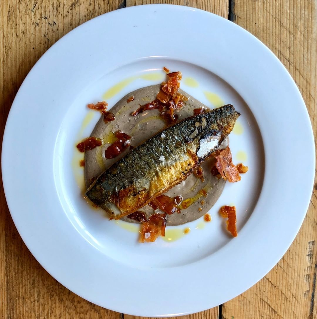 Due to a last minute group cancellation we have three prime time tables of four available at Walcot Street tonight. Call us on 01225 422577 and order this crazy good pan fried mackerel fillet in a mushroom cream sauce with pancetta crisps.