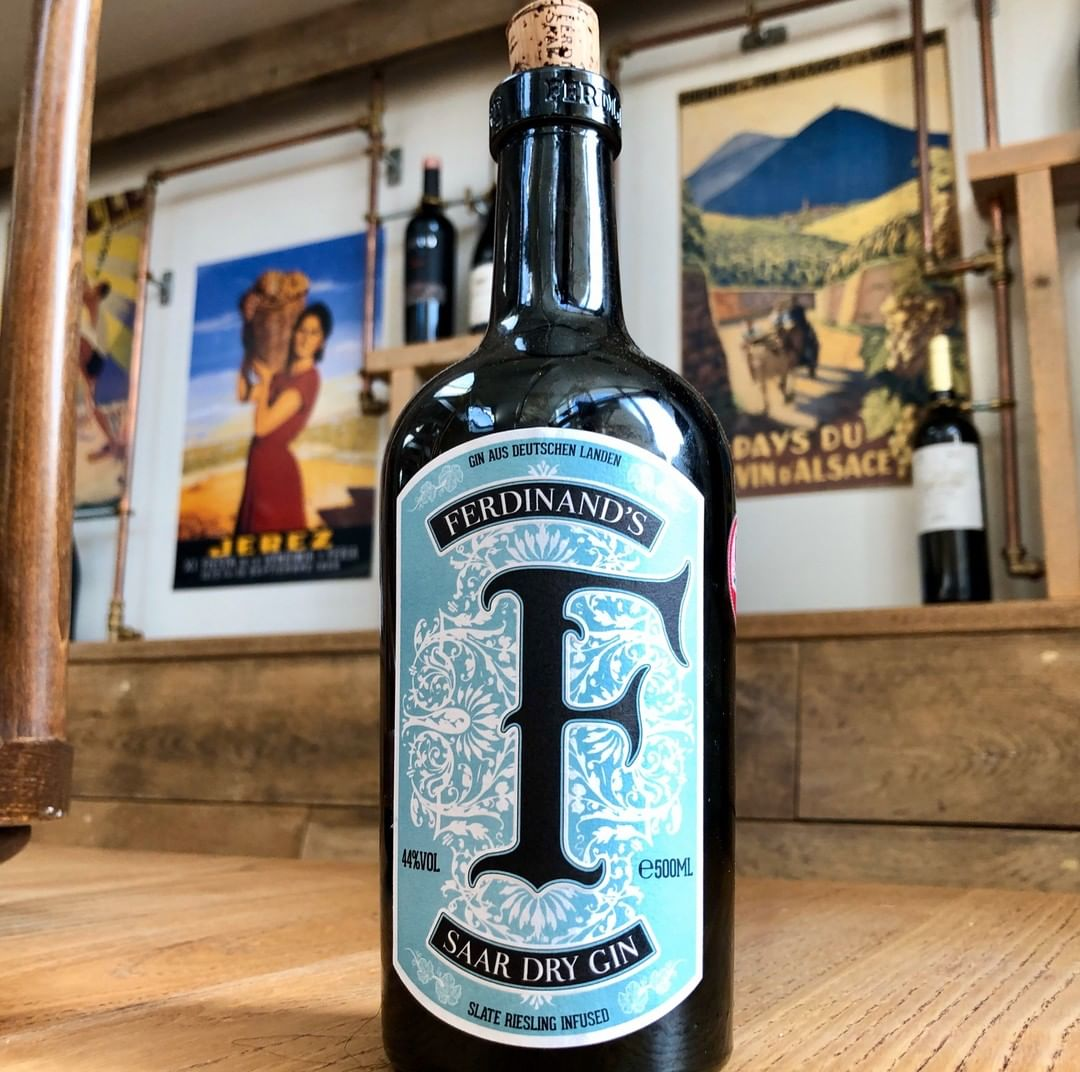 Though we are best known for our vino, we wouldn't want any gin drinkers to feel left out. We found this gin and fell for it immediately. Uniquely it has a dash of Riesling added to the botanicals. Small batch, from the Saar in Germany. Superb.